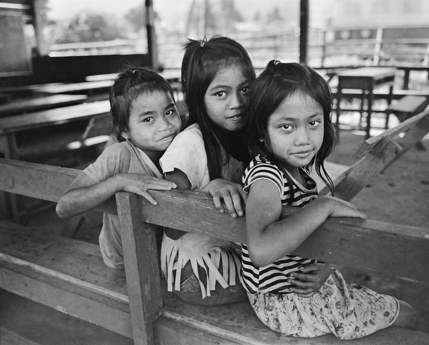 3-girls-on-school-bench