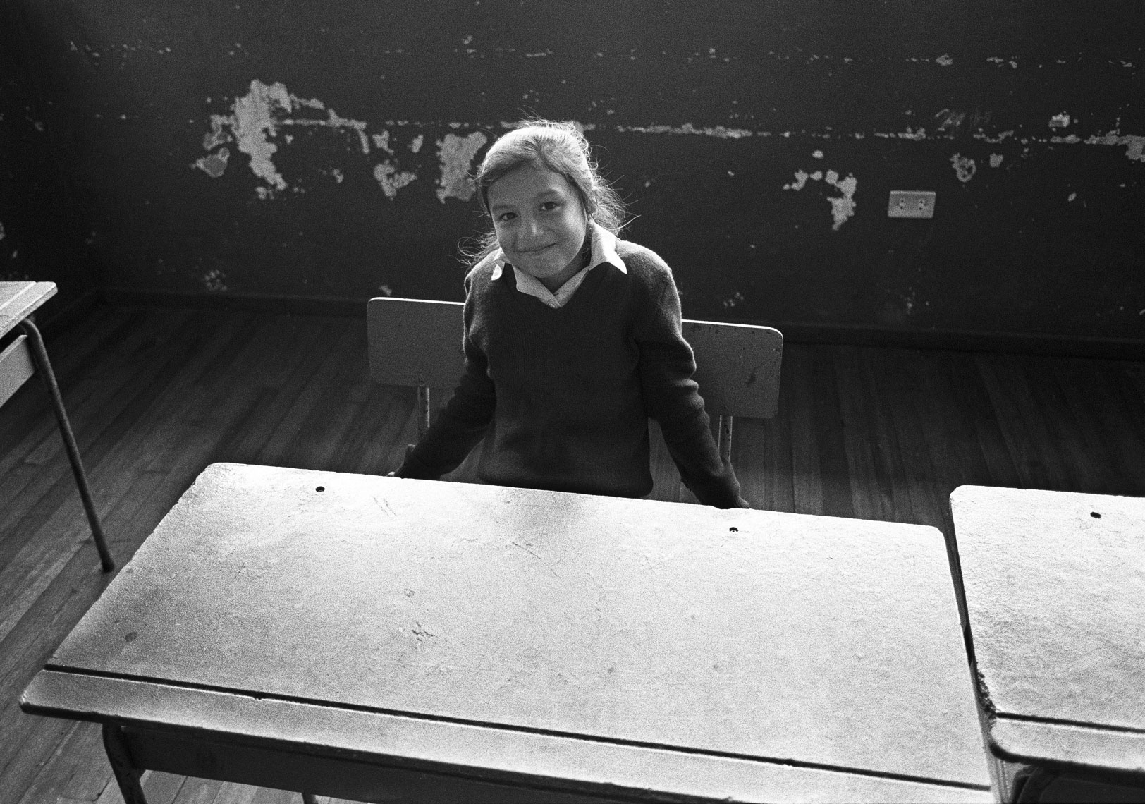 girl-at-desk