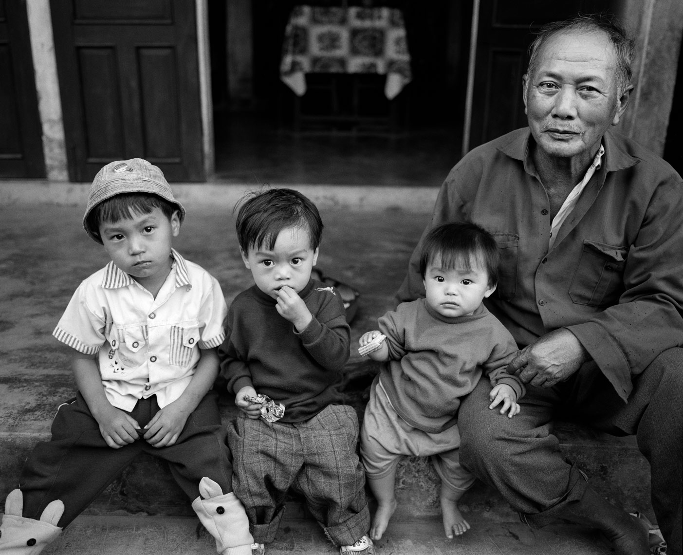 hoi-an-grandpa-and-kids-print.jpg