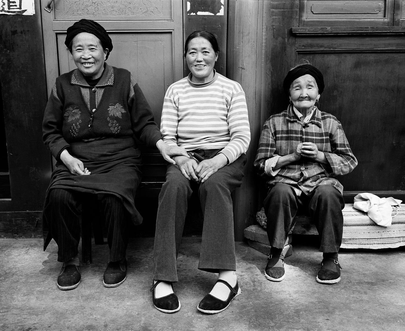 moxi-three-generations-print.jpg